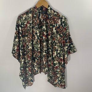 🌈3/$30 Free Press Silky Floral Kimono Pockets